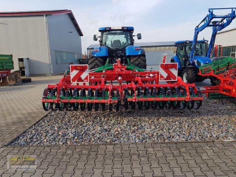 Grubber des Typs Agro-Masz RUNNER 40H, Neumaschine in Teublitz (Bild 1)