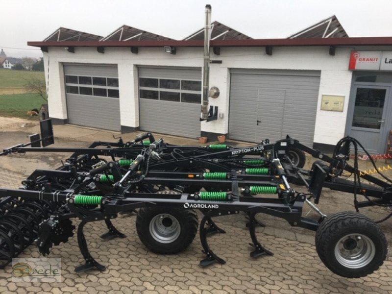 Grubber des Typs Agroland Grubber 4m mit Fahrwerk, Neumaschine in Bad Emstal (Bild 1)