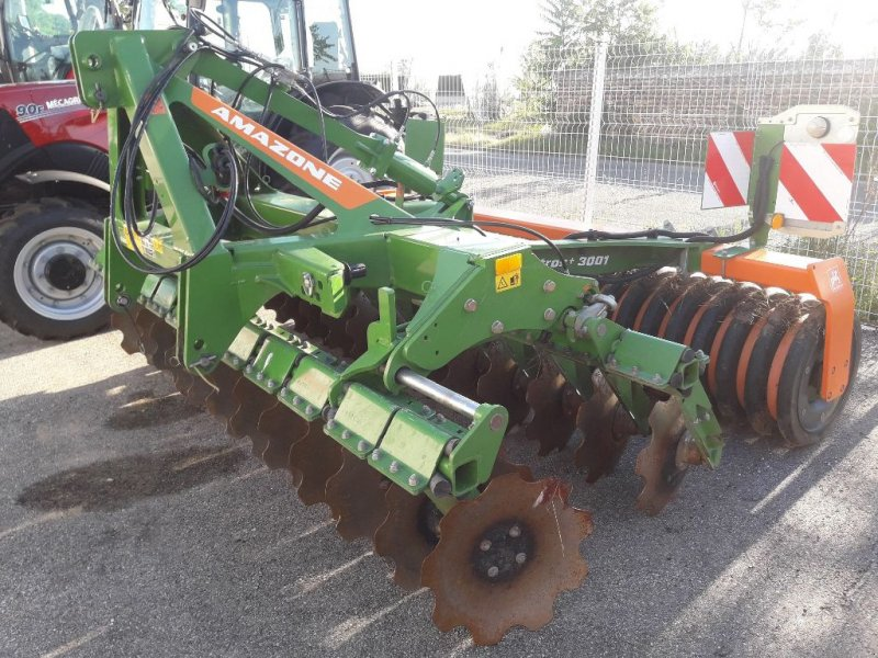 Grubber типа Amazone CATROS + 3001, Gebrauchtmaschine в Roussillon (Фотография 1)