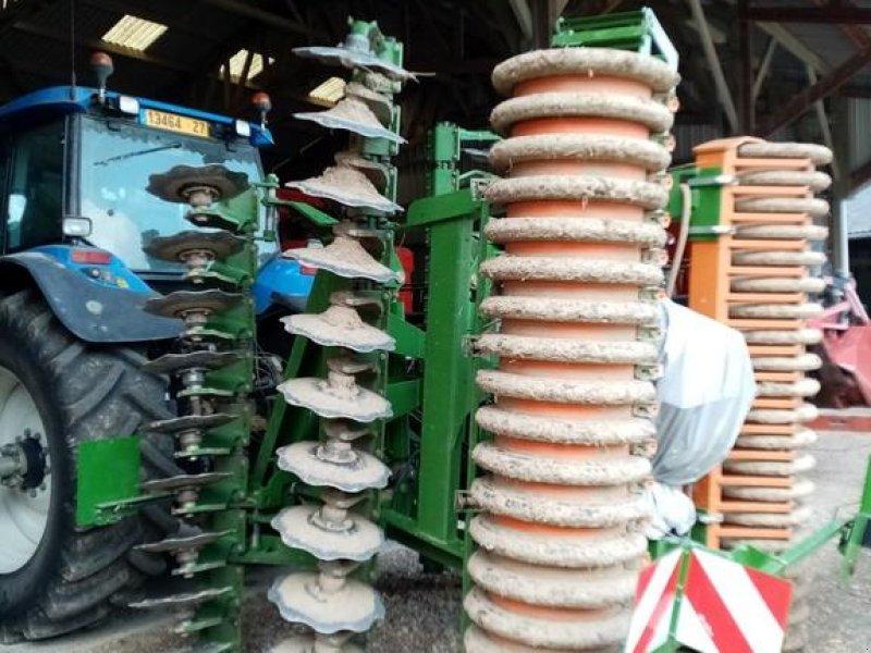 Grubber типа Amazone CATROS 5001.2, Gebrauchtmaschine в CONDE SUR VIRE (Фотография 1)