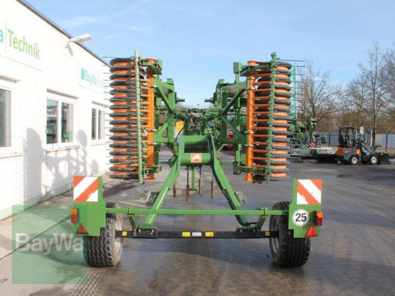 Grubber des Typs Amazone CENIUS 4002-2T, Gebrauchtmaschine in Straubing (Bild 3)