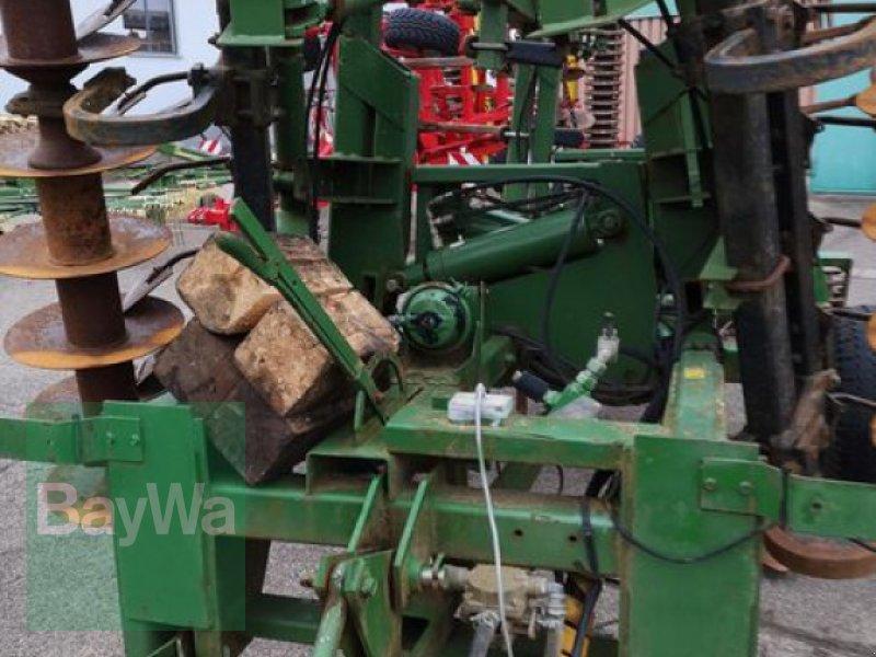 Grubber des Typs John Deere 410 A, Gebrauchtmaschine in Obertraubling (Bild 8)