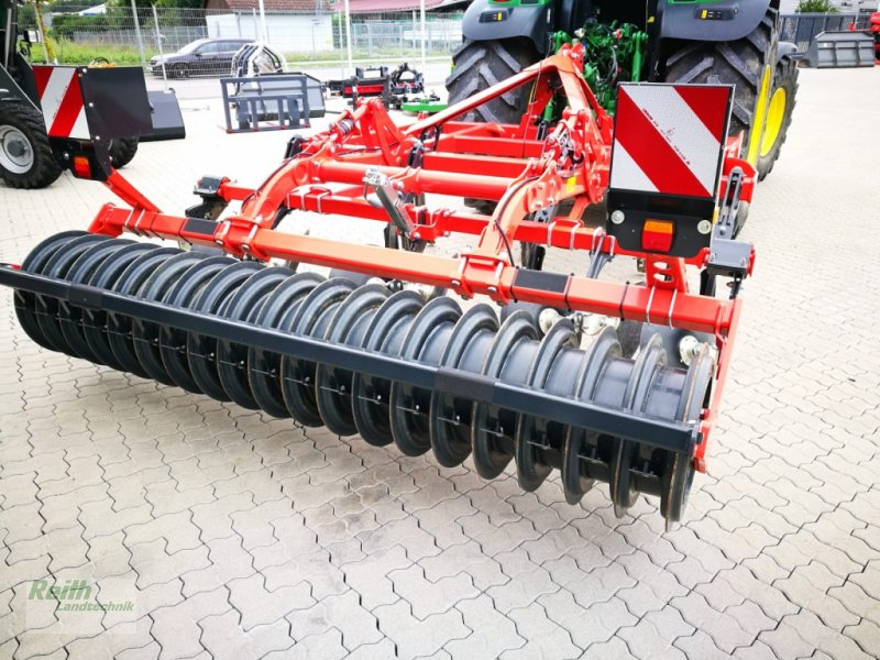 Grubber des Typs Kuhn Cultimer 300, Neumaschine in Langweid am Lech  (Bild 2)