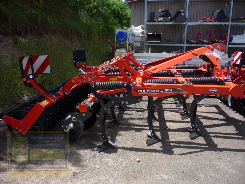Grubber des Typs Kuhn Flügelschargrubber, Mulchgrubber Cultimer L 300, Neumaschine in Pfarrweisach (Bild 3)