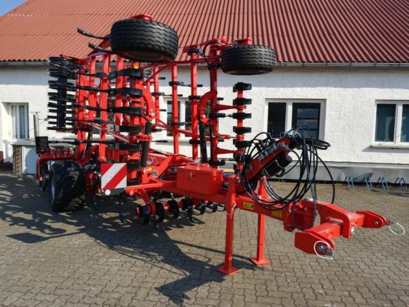 Grubber des Typs Kuhn PROLANDER 6000, Neumaschine in Vehlow (Bild 1)