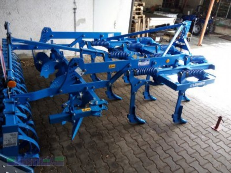 Grubber des Typs Lemken Karat 9/300n Aktionsmaschine, Neumaschine in Buchdorf (Bild 1)