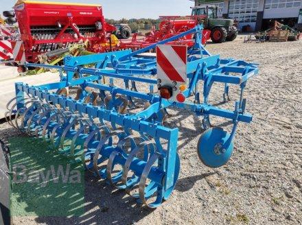 Grubber des Typs Lemken KARAT 9, Gebrauchtmaschine in Eggenfelden (Bild 2)