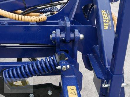 Grubber des Typs Meztec Mulchgrubber MG400 H (gefedert), Neumaschine in Ditzingen (Bild 8)