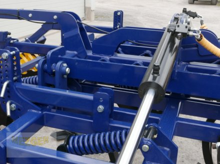 Grubber des Typs Meztec Mulchgrubber MG400 H (gefedert), Neumaschine in Ditzingen (Bild 10)