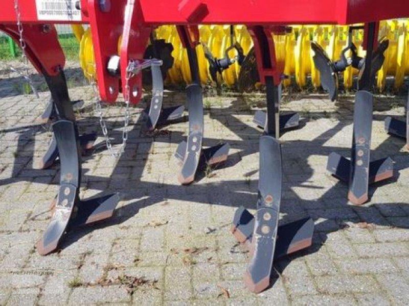 Grubber des Typs Pöttinger Grubber Synkro 3030, Gebrauchtmaschine in Rees (Bild 2)