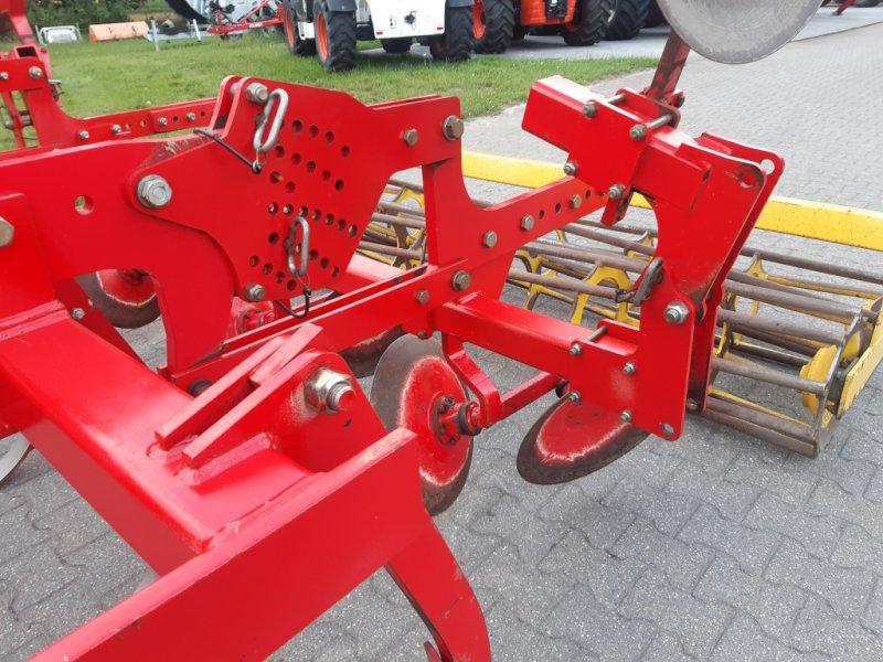 Grubber des Typs Pöttinger Synkro 3003, neue Schare, Gebrauchtmaschine in Bocholt (Bild 4)