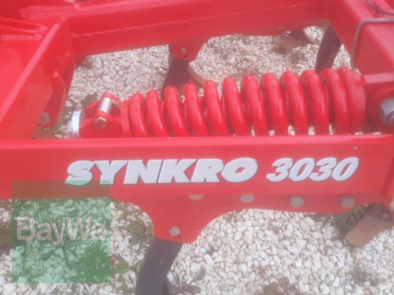 Grubber des Typs Pöttinger Synkro 3030 Nova, Neumaschine in Schernfeld (Bild 3)