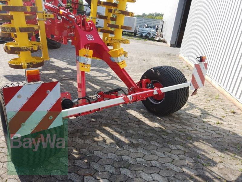 Grubber des Typs Pöttinger SYNKRO 5030 T NOVA, Gebrauchtmaschine in Manching (Bild 15)