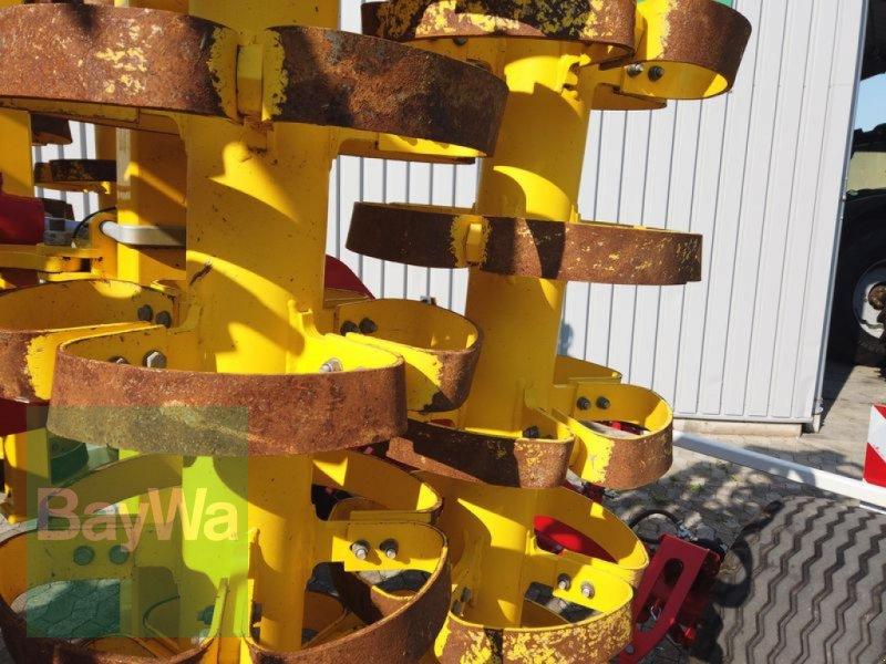 Grubber des Typs Pöttinger SYNKRO 5030 T NOVA, Gebrauchtmaschine in Manching (Bild 11)
