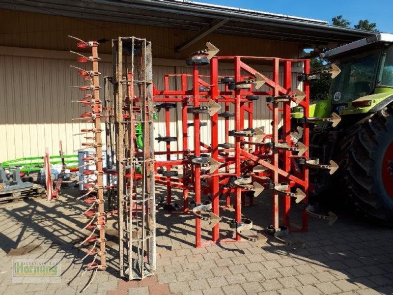 Grubber des Typs POM Leichtgrubber, Vorführmaschine in Unterschneidheim-Zöbingen (Bild 1)