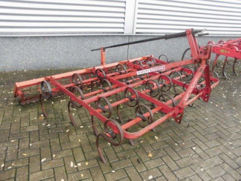 Grubber типа Sonstige Huard Culti triltand met verkruimelrol, Gebrauchtmaschine в Roermond (Фотография 2)