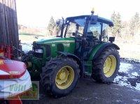 John Deere 5720 Traktor na lúky a pasienky