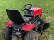Murray 3812 Traktor na lúky a pasienky