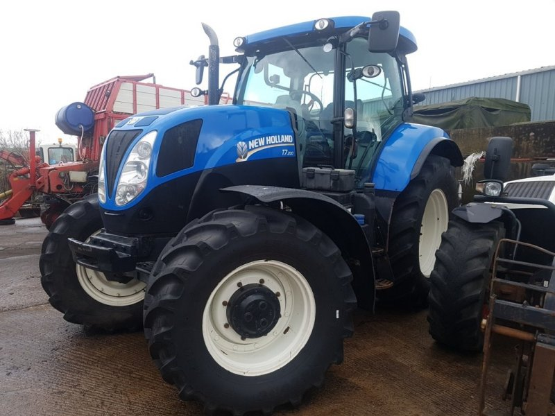 Grünlandtraktor of the type New Holland T7.200, Gebrauchtmaschine in Co. Tyrone (Picture 1)