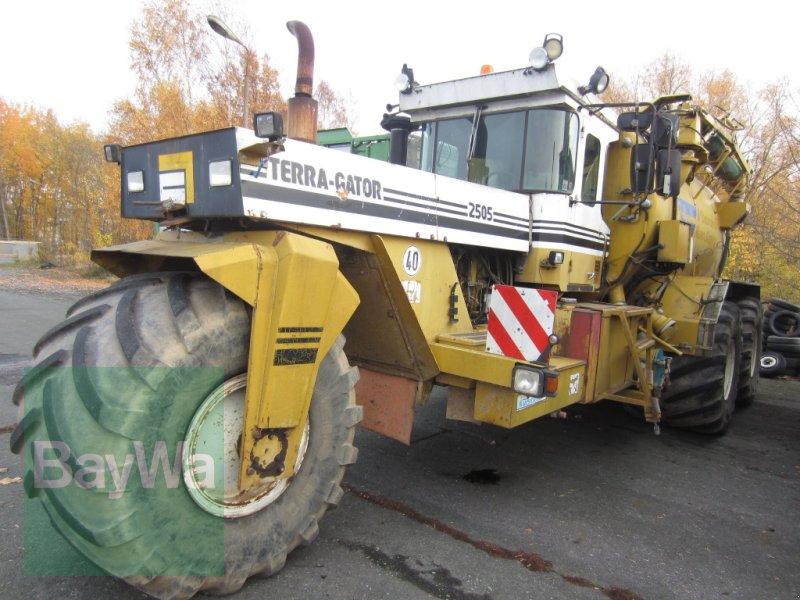 Gülleselbstfahrer des Typs CHALLENGER Terra Gator 2505, Gebrauchtmaschine in Neumark (Bild 1)