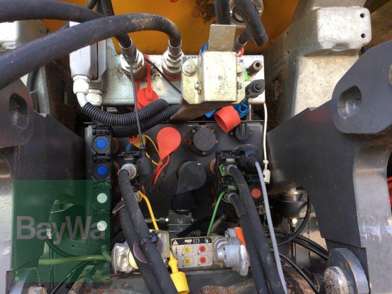 Gülleselbstfahrer des Typs CLAAS XERION 3800 Sattle Trac mit 15 m³ Zunhammeraufbau >>Sofort einsatzbereit!!<<, Gebrauchtmaschine in Fürth (Bild 8)