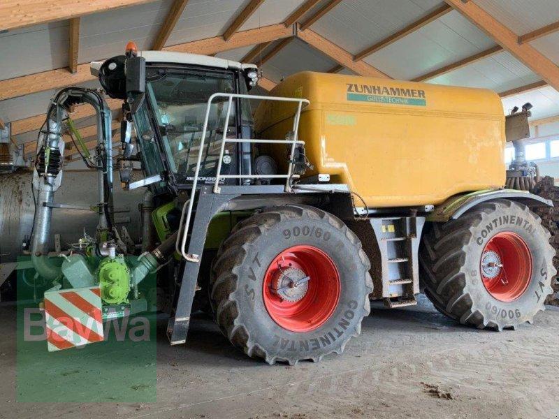 Gülleselbstfahrer des Typs CLAAS Xerion 3800 Sattletrac mit 15 m³ Zunhammer und Zubehör, Gebrauchtmaschine in Fürth (Bild 1)