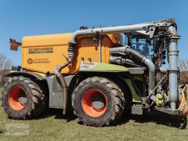 Gülleselbstfahrer des Typs CLAAS XERION 4000 SaddleTrac mit Zunhammer-Aufbau, Gebrauchtmaschine in Rittersdorf (Bild 8)