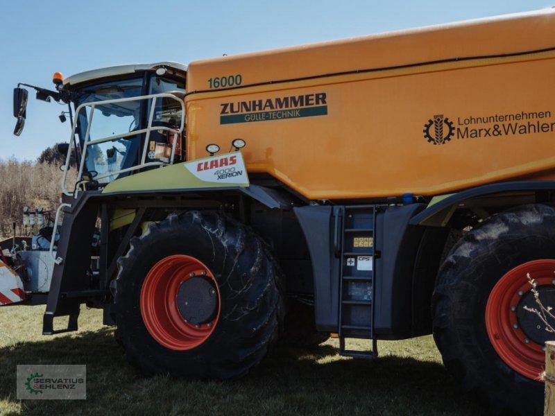 Gülleselbstfahrer des Typs CLAAS XERION 4000 SaddleTrac mit Zunhammer-Aufbau, Gebrauchtmaschine in Rittersdorf (Bild 3)