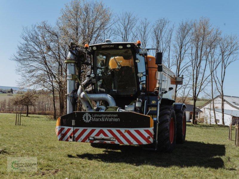 Gülleselbstfahrer des Typs CLAAS XERION 4000 SaddleTrac mit Zunhammer-Aufbau, Gebrauchtmaschine in Rittersdorf (Bild 7)