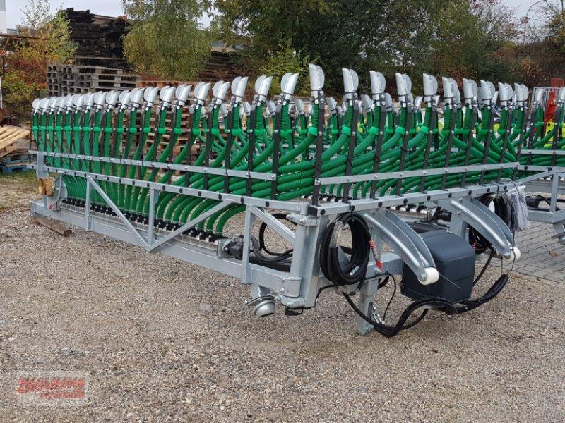 Gülleverteiltechnik des Typs Fliegl Skate 120 oder 150, Neumaschine in Rottenburg (Bild 4)