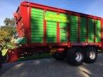 Häcksel Transportwagen des Typs Strautmann Giga Trailer 2246 Dosierwalzen Lenkachse in Schutterzell