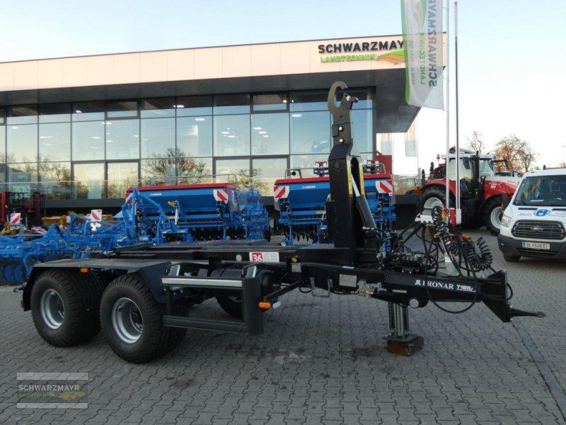 Hakenwagen des Typs PRONAR T185/1 Hakenliftan., Neumaschine in Gampern (Bild 1)