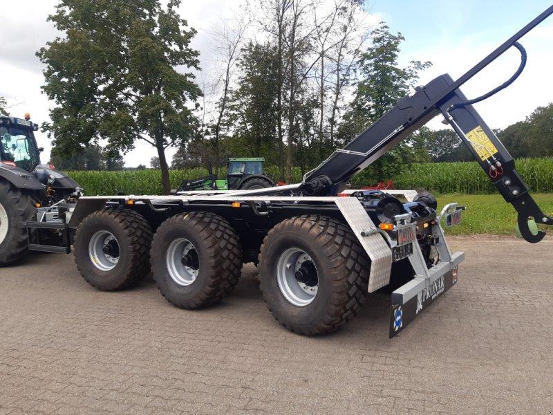 Hakenwagen des Typs PRONAR T386 Tridem-Hakenlift, TOP Ausstattung!!! **sofort lieferbar!**, Neumaschine in Bocholt (Bild 12)