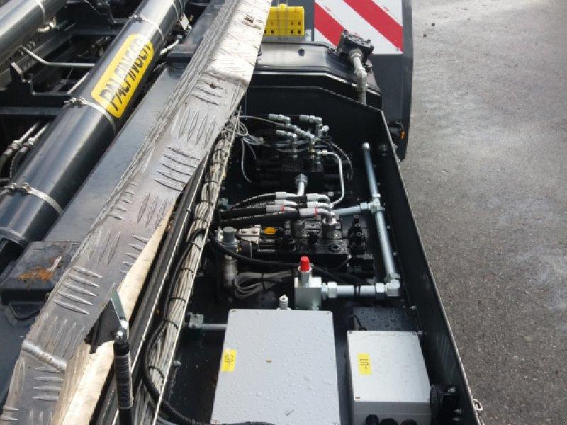 Hakenwagen des Typs ST-Metalltechnik HKL 24, Gebrauchtmaschine in Kirchweidach (Bild 2)