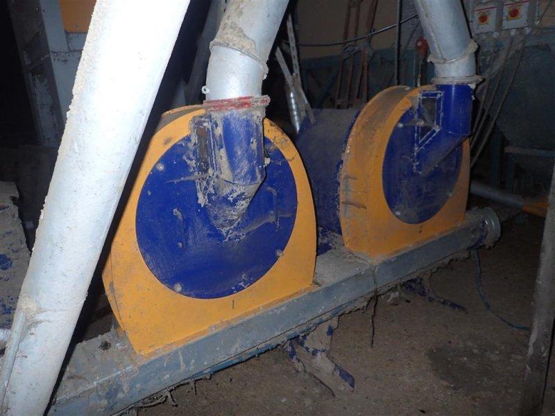 Hammermühle типа Skiold SLAGLEMØLLE 2 stk. 15 hk med afsuger, Gebrauchtmaschine в Egtved (Фотография 1)