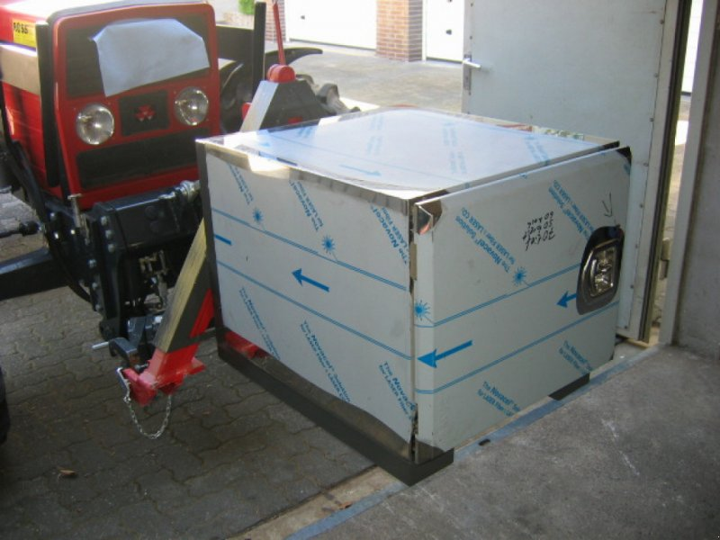 Heckcontainer a típus Eigenbau Front- Heckcontainer, Werkzeugkasten, Neumaschine ekkor: Volkmarsen (Kép 1)