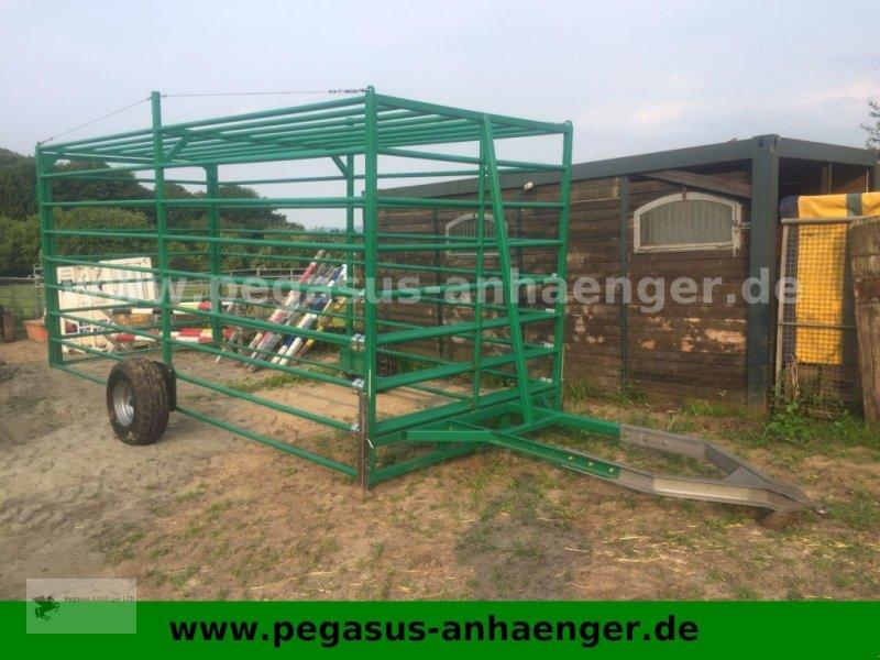 Heckcontainer типа Sonstige Viehfangwagen, Umtriebswagen für Treckerzug, Gebrauchtmaschine в Gevelsberg (Фотография 1)