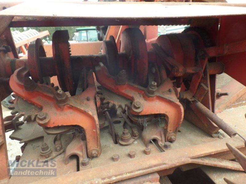 Hochdruckpresse des Typs Massey Ferguson 10-8, Gebrauchtmaschine in Schirradorf (Bild 4)