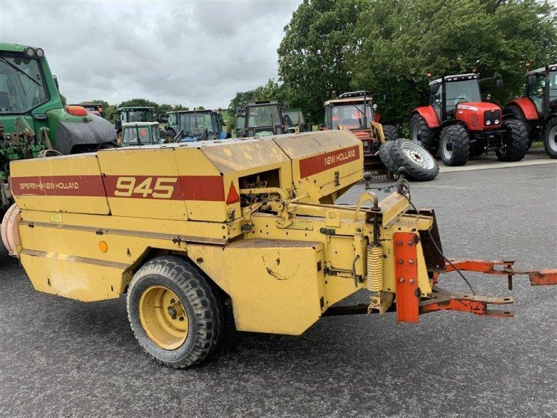 Hochdruckpresse типа New Holland 945 MED BALLEVOGN!, Gebrauchtmaschine в Aalestrup (Фотография 6)
