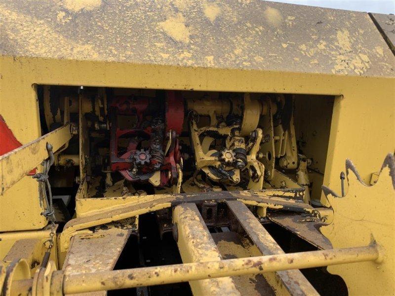Hochdruckpresse типа New Holland 945 MED BALLEVOGN!, Gebrauchtmaschine в Aalestrup (Фотография 8)