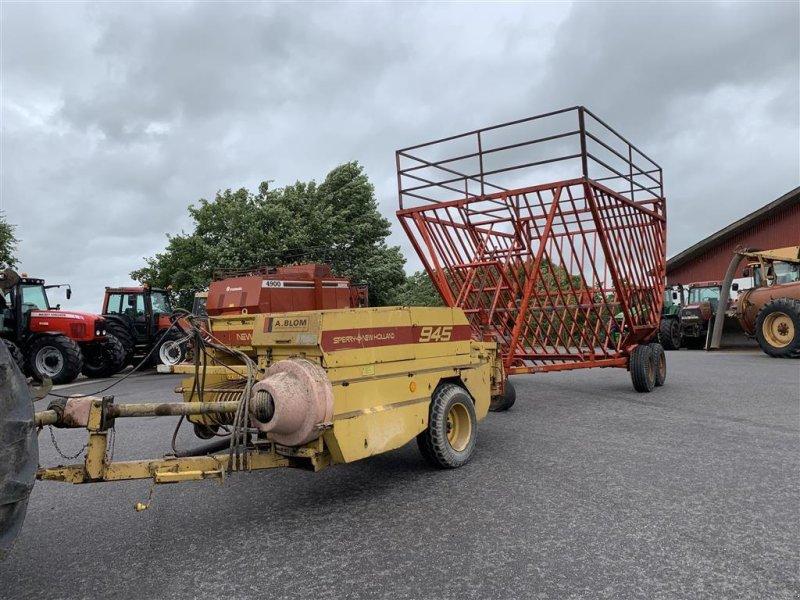 Hochdruckpresse типа New Holland 945 MED BALLEVOGN!, Gebrauchtmaschine в Aalestrup (Фотография 1)