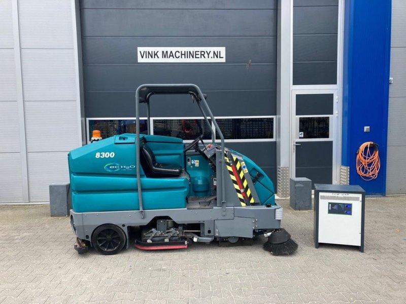 Hochdruckreiniger типа Tennant 8300, Gebrauchtmaschine в WIJCHEN (Фотография 1)