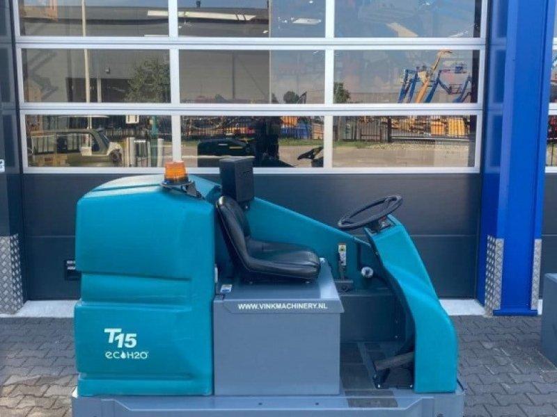Hochdruckreiniger типа Tennant T 15 schrobmachine, Gebrauchtmaschine в WIJCHEN (Фотография 1)