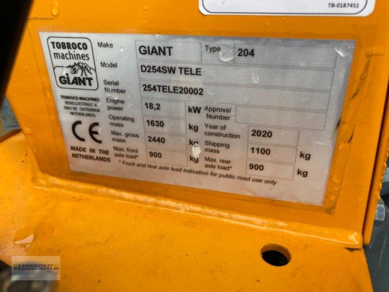Hoflader des Typs GiANT D 254 SW TELE, Neumaschine in Berne (Bild 1)