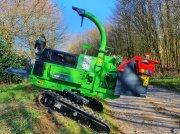 GreenMech SureTrak 19-28 Raupenhäcksler Дровоколы и измельчители древесины