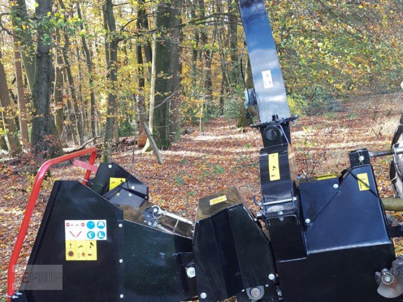 Holzhacker & Holzhäcksler des Typs Sonstige BX 72 Black Edition, Neumaschine in Hückeswagen (Bild 1)