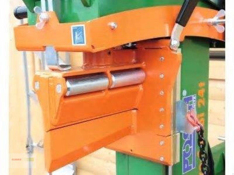 Holzspalter des Typs Posch 24 Tonnen Hydro Combi Fixomatic NEU, Neumaschine in Mengkofen (Bild 4)