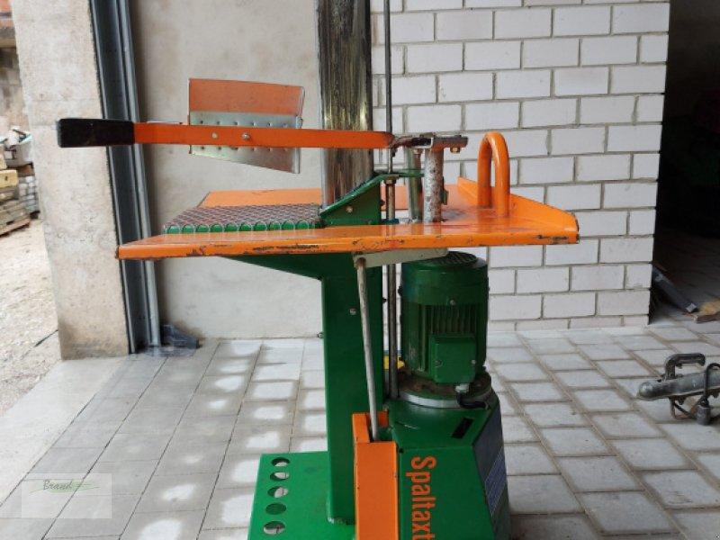 Holzspalter des Typs Posch Spalter 6t, Gebrauchtmaschine in Beilngries (Bild 1)