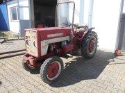 Hopfentraktor des Typs IHC 423, Gebrauchtmaschine in Michelsneukirchen