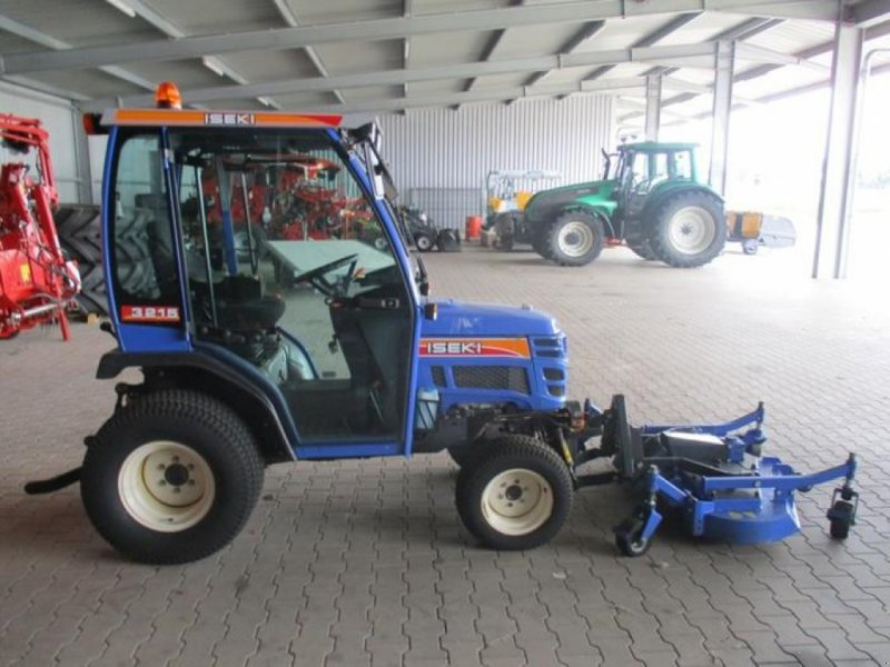 Hopfentraktor типа Iseki AL 3215 KOMMUNALSCHLEPP, Gebrauchtmaschine в Brakel (Фотография 4)